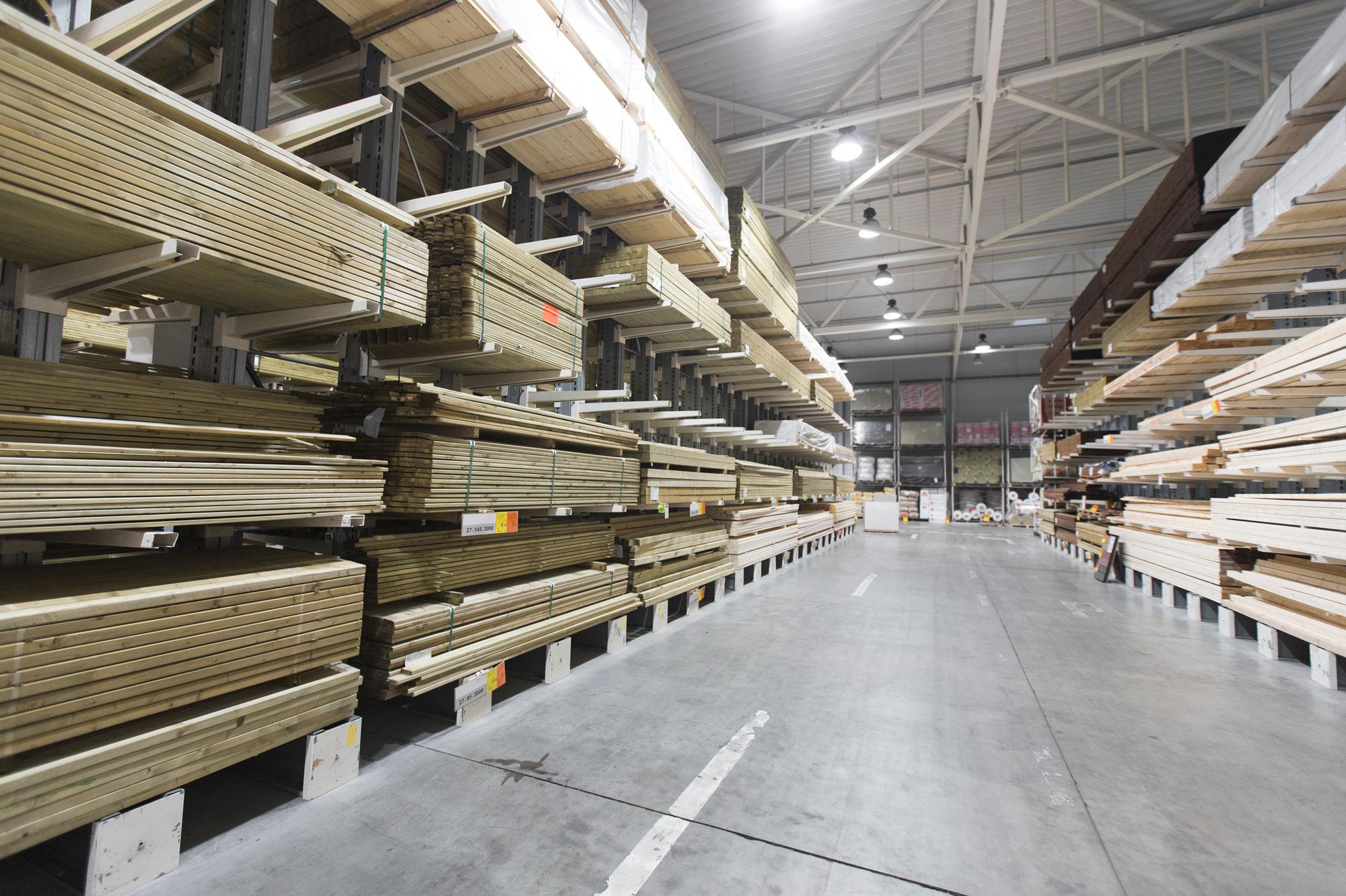 Visually Graded Lumber vs. Machine Graded Lumber